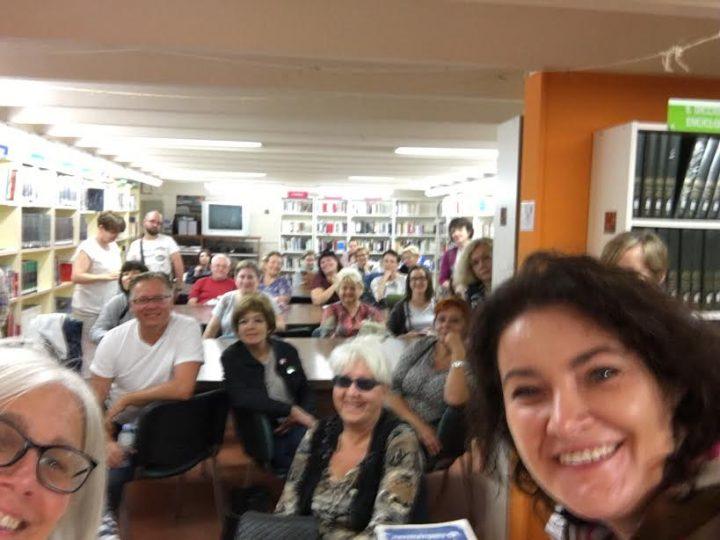 Bibliotecaris Polonesos visiten la nostra biblioteca