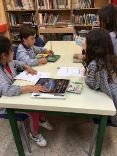 Biblioteca, un espai per aprendre a fer recerca