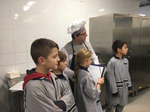 El cuiner de l'escola